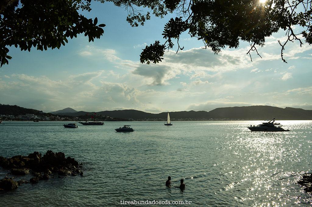 praia da sepultura, bombinhas santa catarina, praias catarinenses