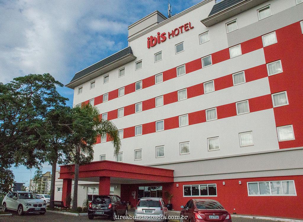 quarto ibis criciúma, onde se hospedar em criciúma, hotel em criciúma, hotel em nova veneza, hotel em santa catarina, hotel barato em criciúma