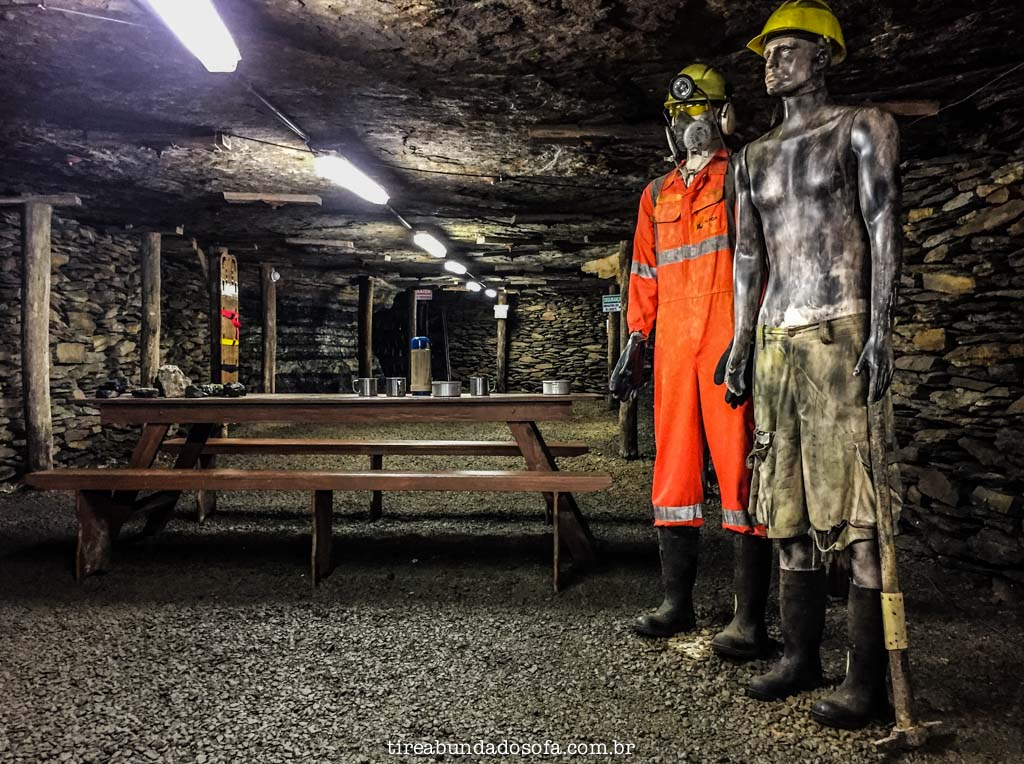 Dentro da mina de visitação, em criciúma