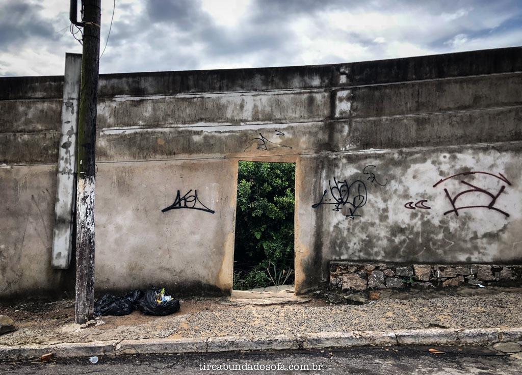 Entrada para a Praia Secreta, em Vila Velha, Espírito Santo