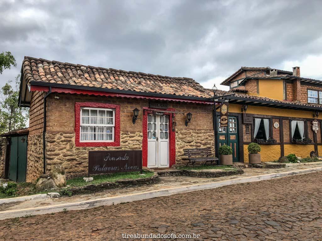 Casinhas bonitinhas de Lavras Novas, em Ouro Preto