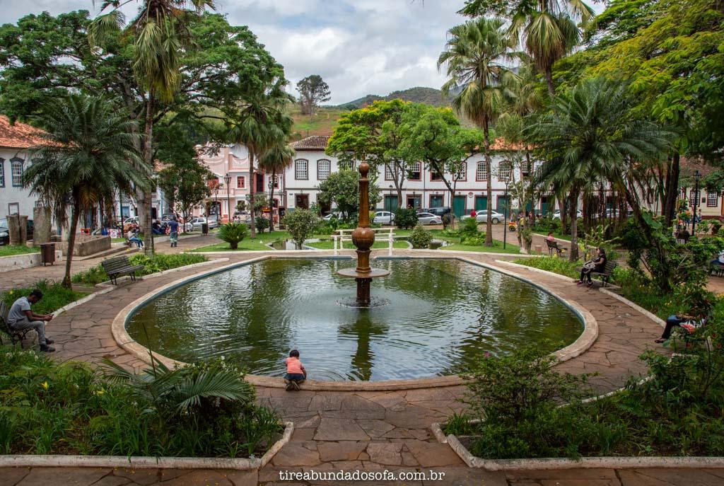Praça Gomes Freire, em Mariana, Minas Gerais