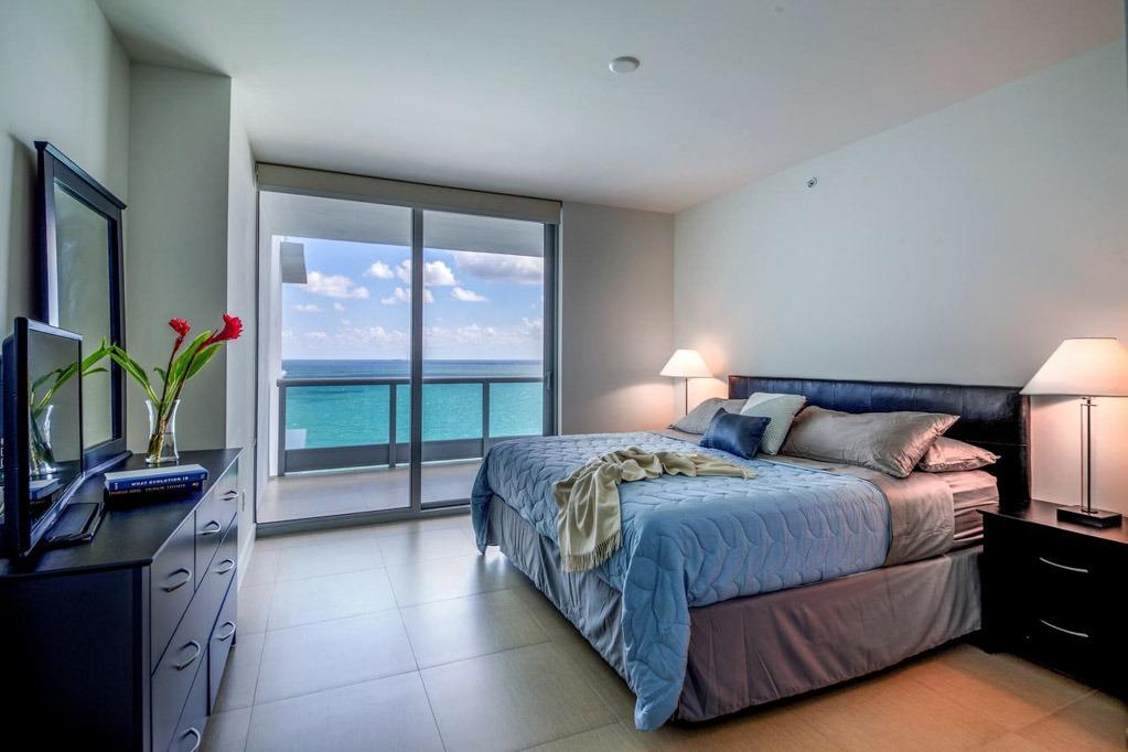 Apartamentos lindos, com vista para o mar, no Cote D'Azur Ocean Apartments, em Miami Beach