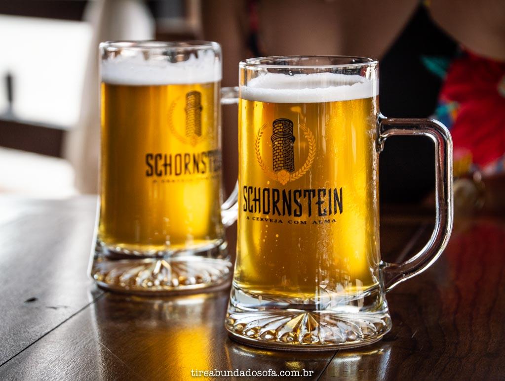 Cerveja fresca no Schornstein Kneipe, em Pomerode, SC