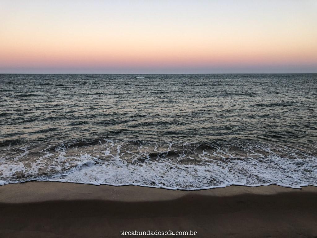 Final de tarde na Praia de Araçaípe
