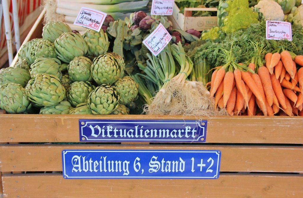 Viktualienmarkt em Munique na Alemanha