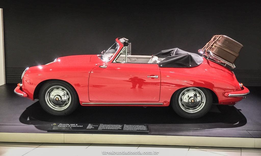 carro exposto no Museu Porsche, em stuttgart