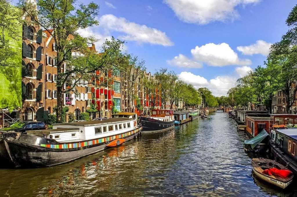 Canal Princegracht em Amsterdam, na Alemanha