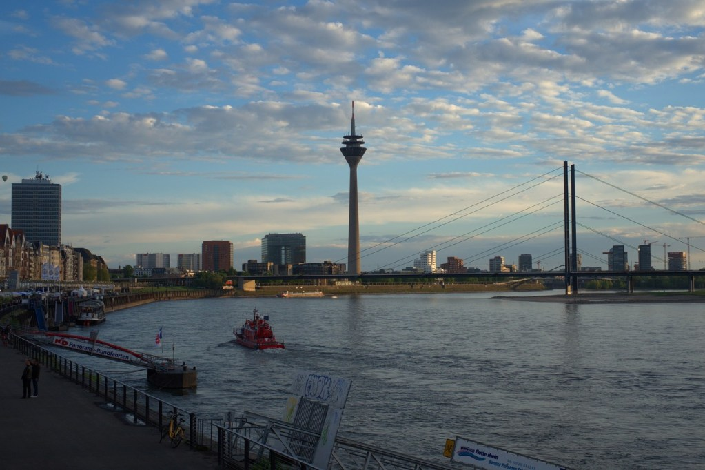 Maravilhosa cidade de Dusseldorf, na Alemanha