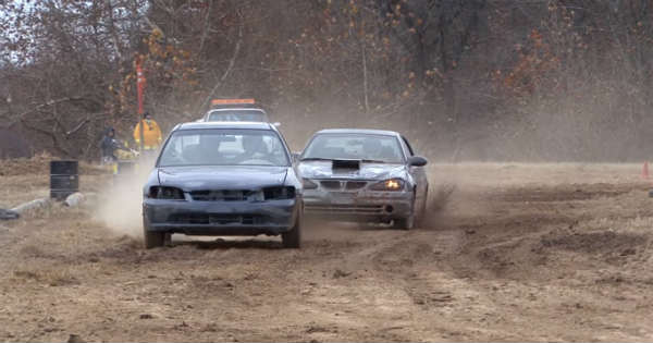 Awesome Junk Racing Cars 2