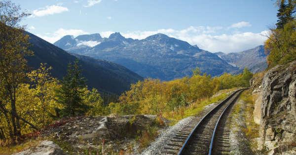 Cheap Train Trip Most Beautiful Places america 213