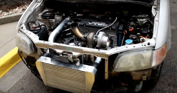 This Turbo Minivan Is Ridiculously Powerful 2