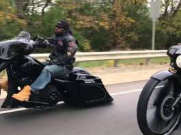 This Is How The F Bomb Baggers Cruise The Streets 1