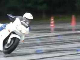 Wet Surface Skills Japanese Police Bikes 1