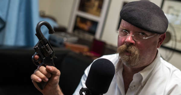 Where is Mythbusters Jamie Hyneman What is he doing 2
