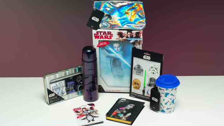 Star Wars The Last Jedi gift guide with giveaway!