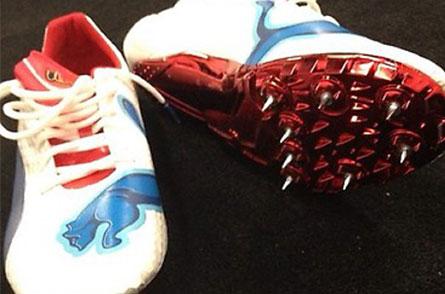 Zapatillas con las que Usain Bolt ganó una medalla de oro en los 100 metros lisos durante los Juegos Olímpicos de Londres 2012.