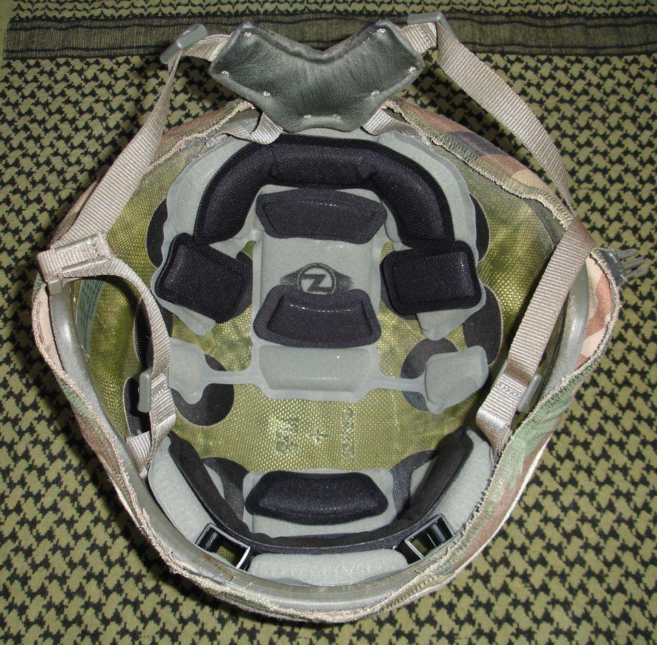 Sistema de almohadillado/acolchado Team Wendy EPIC Air™ instalado en un casco Gentex ACH.