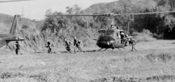 La Batalla de 'Ia Drang' todavía importa. Echando la vista atrás a 'Cuando Éramos Soldados... y Jóvenes' [We Were Soldiers Once… and Young].