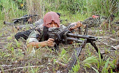 Combatiente islamista MILF en Filipinas