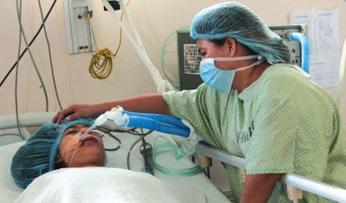 Emilyn Villanueva Calano, niña filipina de 15 años en coma después de recibir el impacto de una bala perdida en Manila el 31 de diciembre de 2017. Fuente.