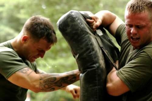 Combate cuerpo a cuerpo