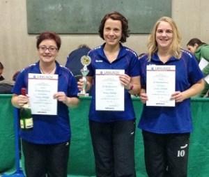 Damen - Kreispokalsieger: SG Blessenbach v.l.  Anke Nehl, Maren Horz, Tamara Otto