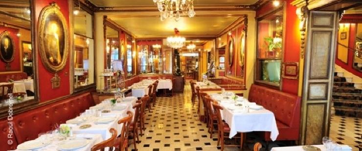 Restaurant banquette