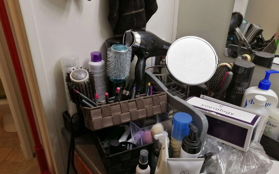 Makeup Monday | Purging My Stash
