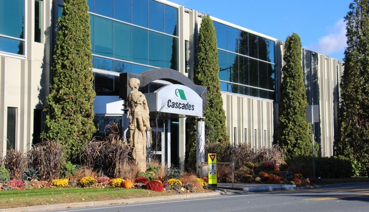 , Cascades Tissue Group updates machine