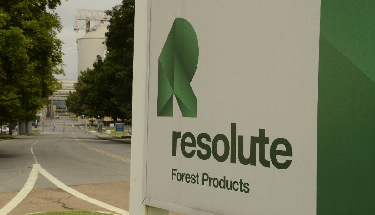 , Resolute Forest Products Prices $300 Million Senior Unsecured Notes Offering