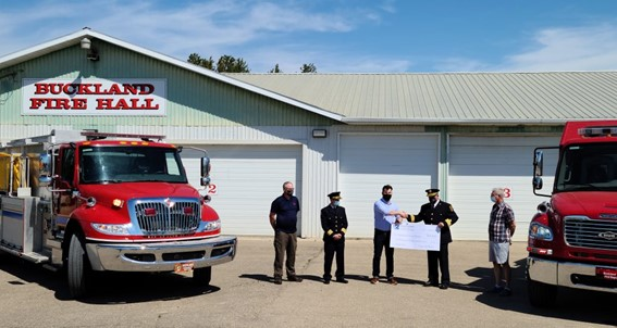 Paper Excellence makes donation to volunteer fire department after Cloverdale wildfire