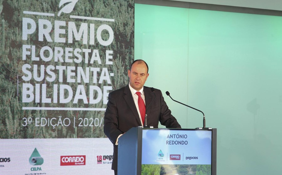 , President of the Portuguese Paper Industry Association argues that cellulose is a super material of the future