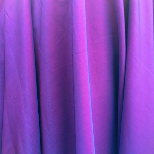 Velours de soie bleu changeant rouge