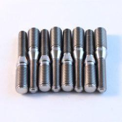 CBR900RR TITANIUM manifold stud