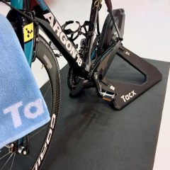 TitaniumGeek IMG 2190 2 TacX Neo Preview Gear Reviews Smart Trainers  Turbo Trainer Tacx Neo cycling   Image of IMG 2190 2