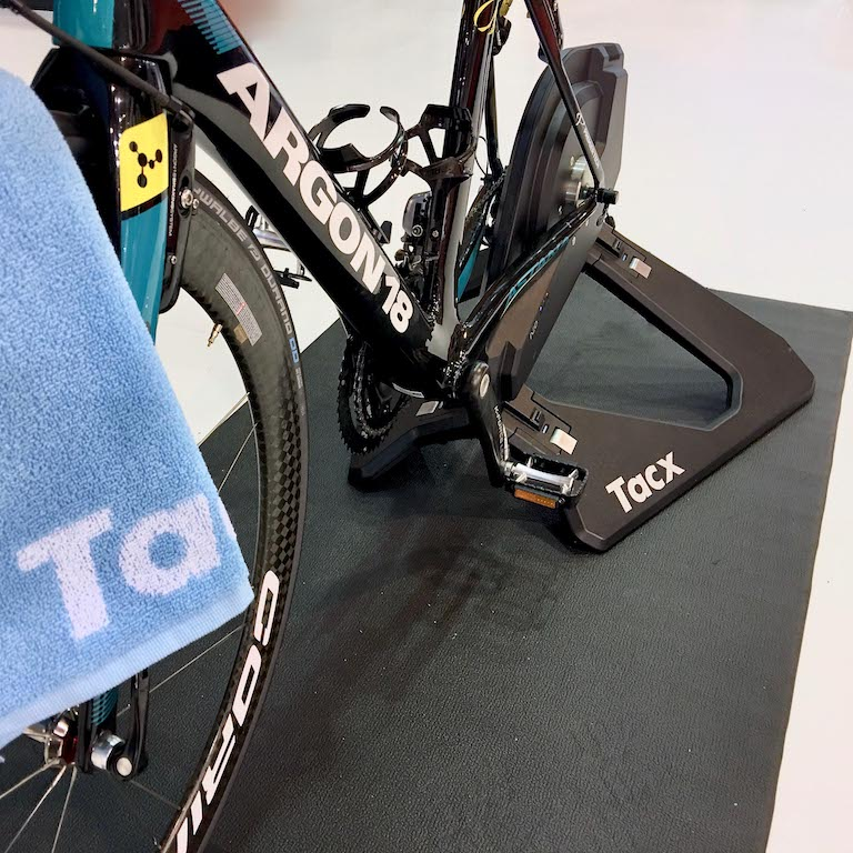 Tacx Neo Smart Trainer Isokinetic / Isotonic Functions
