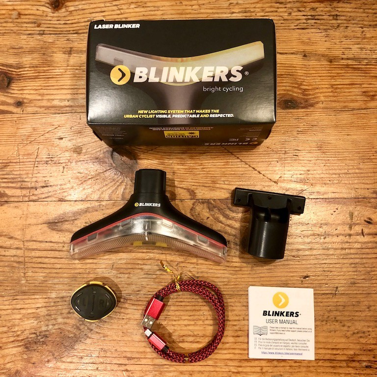 TitaniumGeek IMG_1222 Blinkers by Velohub Review: Big, Bright and lights cycling commuting