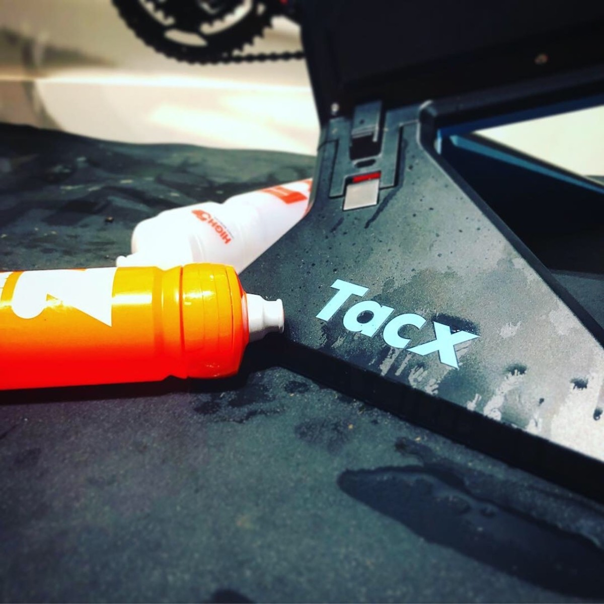 TitaniumGeek IMG 6019 Tacx NEO 2 Smart Trainer & Tacx NEO Smartbike   Preview Cycling Gear Reviews Smart Trainers Zwift  Zwift TacX Neo Tacx Smart trainer smart bike cycling   Image of IMG 6019