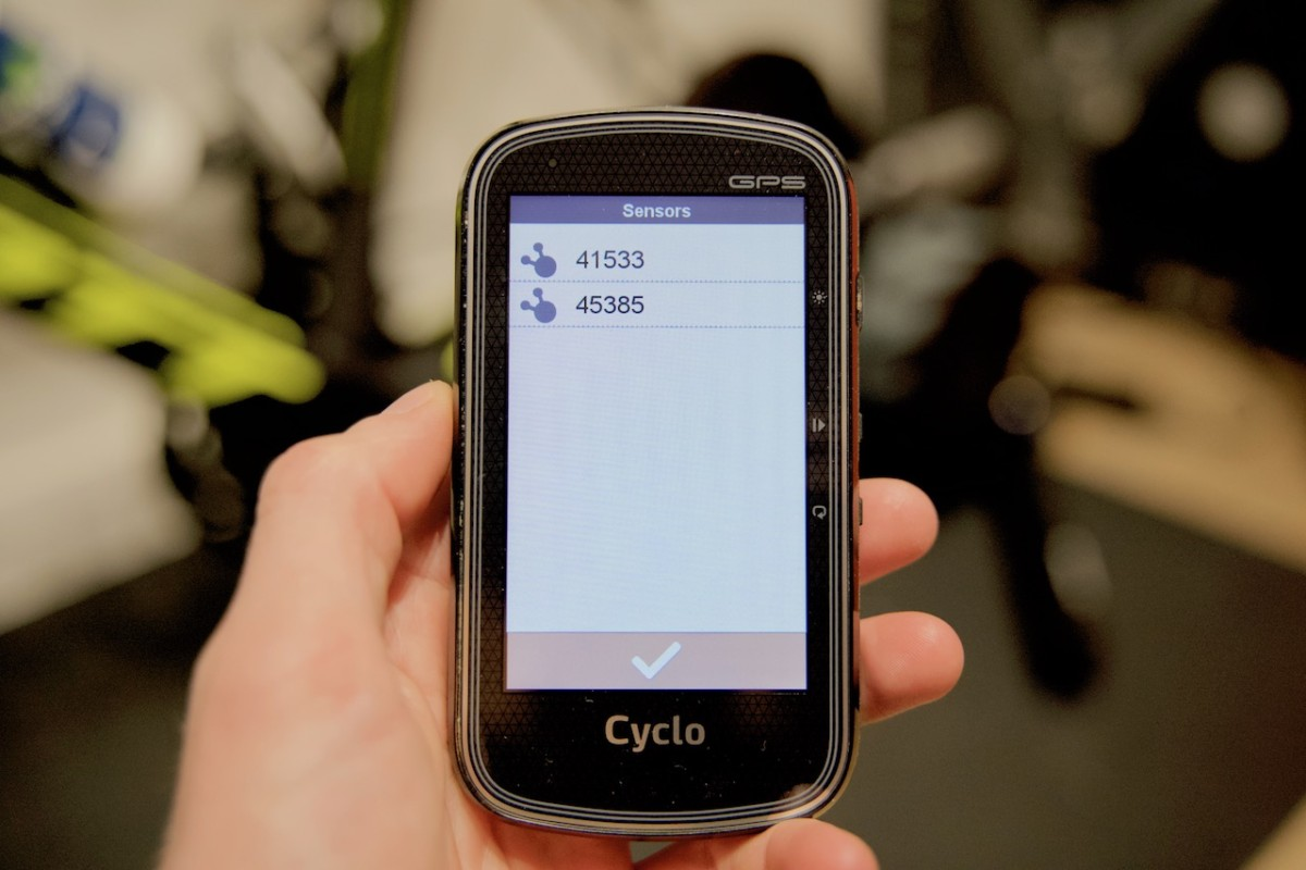 TitaniumGeek JAG00003 2 Mio 405 HC Cycling GPS Review   A Overlooked Gem? Cycling Cycling Computers and GPS Units Gear Reviews    Image of JAG00003 2