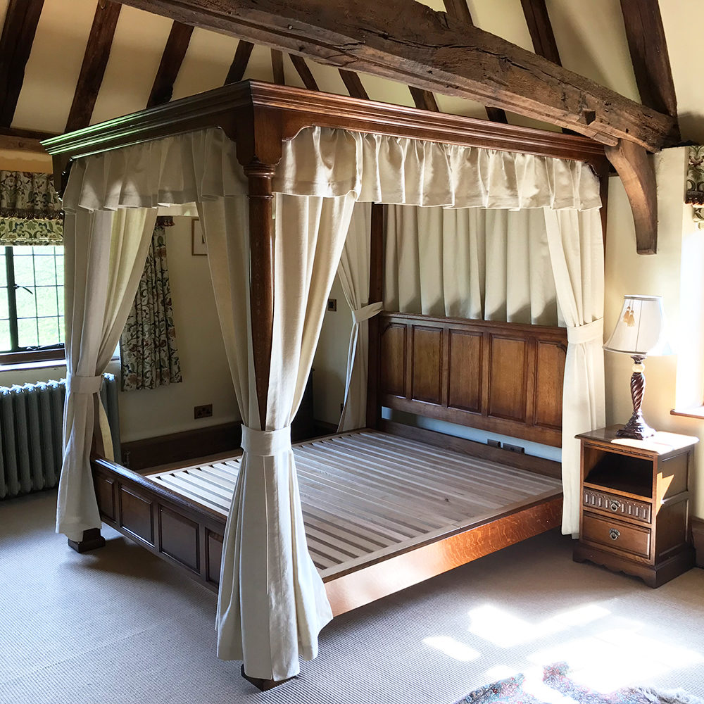 oak four poster bed titchmarsh goodwin