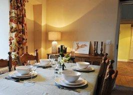 Farmhouse Cottage Dining Area