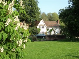 Cheriton village green and old house
