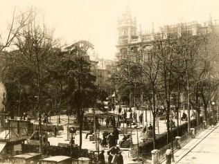 la-plaza-de-santa-ana-en-19201