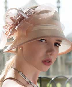 Nude-&-Cream-Occasion-Hat-with-Feather-Flower-by-Suzanne-Bettley