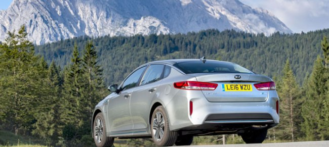 1237546_optima-hybrid-saloon-0776