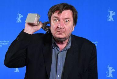آکی کوریسماکی جایزه بهترین کارگردانی را می گیرد