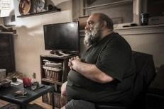 لون هفتوان در منزل و در حال مصاحبه برای مجله تیتر ۲۰۱۷ تورنتو - عکس از پویان طباطبایی