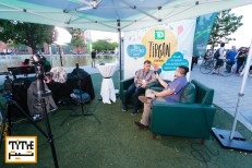 Titre Mag Tent in Tirgan, Pooyan Tabatabaei is Interviewing festival gusts