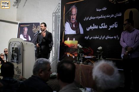 پژمان بازغی در مراسم وداع با ناصر ملک مطیعی در خانه سینما - عکس از مجید فراهانی